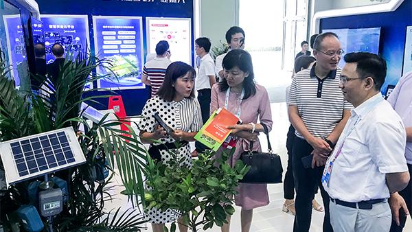 牵手华为,新万博亚洲manbetx云农产业化应用亮相重庆智博会